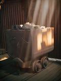 矿工的煤炭无盖货车 库存照片