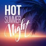 与印刷元素的热的夏夜党海报设计在海海滩背景 库存图片