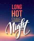 与印刷元素的热的夏夜党海报设计在海海滩背景 免版税库存图片