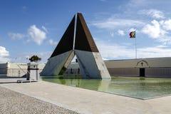 在河塔霍河的河岸的战争纪念建筑在里斯本 图库摄影