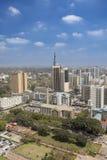 街市内罗毕垂直的天线  免版税库存照片