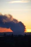 三个警报结构火横跨谷烧 库存照片