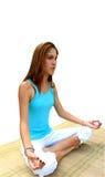 女孩查出的瑜伽 免版税库存照片