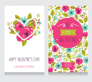 两张贺卡为情人节,逗人喜爱的手拉的花卉设计 库存照片