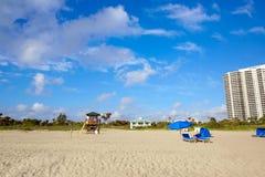 歌手在棕榈滩佛罗里达美国的海岛海滩 免版税库存图片