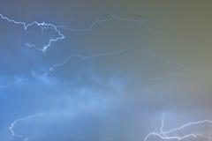 在夜空的闪电 免版税图库摄影