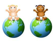 艺术婴孩友好夹子的地球 免版税库存照片