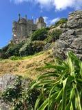 在小山的城堡 免版税图库摄影
