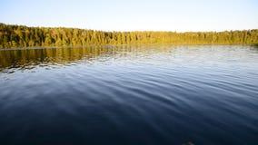 在湖的夏天天气 股票视频