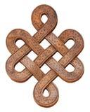 Ο ξύλινος κόμβος απείρου σε ένα άσπρο υπόβαθρο, απομονώνει Στοκ εικόνα με δικαίωμα ελεύθερης χρήσης