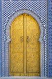 金黄的门 库存照片