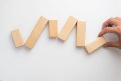 Χέρι που ο ξύλινος φραγμός Στοκ φωτογραφία με δικαίωμα ελεύθερης χρήσης