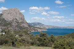 Взгляды крымского скалистого побережья Чёрного моря Стоковые Фотографии RF