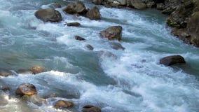 Χείμαρρος στο Νεπάλ απόθεμα βίντεο