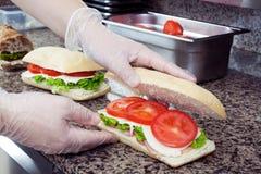 Προετοιμασία σάντουιτς Στοκ Εικόνες
