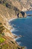 美好的坚固性加利福尼亚海岸线 免版税库存图片