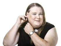 Крупный план регулировать и серьги женщины трансгендерного Стоковые Фото