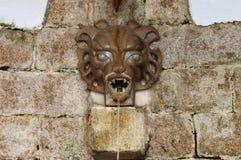 Средневековый фонтан стены Стоковое Изображение