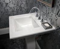 现代旅馆手段卫生间 图库摄影