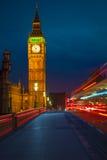 本大桥梁晚上威斯敏斯特 库存图片