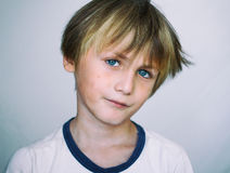 Европейский школьный возраст мальчик Стоковая Фотография