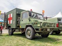 在卡尔加里惊逃的军事救护车展览 免版税图库摄影