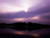 紫色天空 免版税库存照片