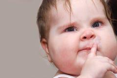 滑稽的婴孩 免版税图库摄影