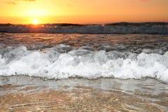 волна захода солнца Стоковое фото RF