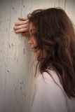 沮丧的女孩哀伤青少年 免版税库存照片
