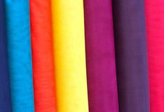 цветастые рулоны ткани Стоковые Изображения RF