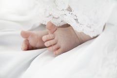 婴孩脚趾 免版税库存图片