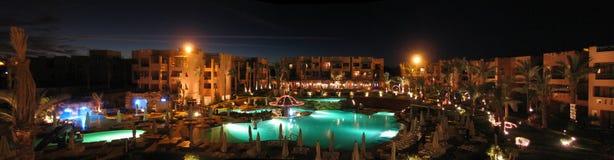 旅馆每夜的全景 库存照片