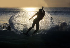 日落冲浪者 库存图片
