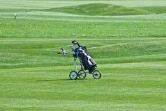 高尔夫球台车 库存照片