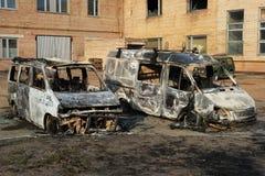 被烧的汽车下来 库存图片