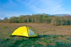 帐篷黄色 免版税库存图片