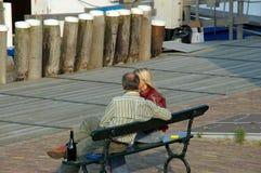 浪漫夫妇的远足 图库摄影