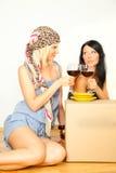 праздновать женщин вина Стоковые Изображения RF