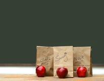 κόκκινο μεσημεριανού γεύ Στοκ εικόνες με δικαίωμα ελεύθερης χρήσης