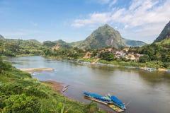 Nong Khiaw in Noord-Laos royalty-vrije stock foto