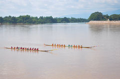 NONGKHAI,THAILAND-OCT 20:Traditional Thai long boats compete at Royalty Free Stock Photography