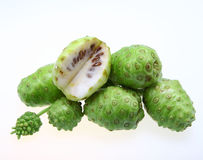 Noni Frucht Stockbild