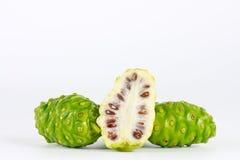 Noni Frucht Lizenzfreies Stockfoto