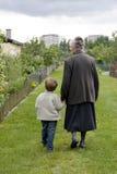 Nonna con il bambino Immagine Stock