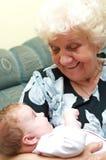 Nonna con la neonata Fotografie Stock Libere da Diritti