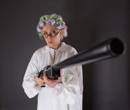 Nonna nella difesa fotografie stock