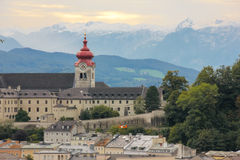 Nonnberg Abbey Bell Tower Salisburgo l'austria Fotografie Stock Libere da Diritti