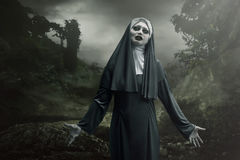 Nonne effrayante de diable images libres de droits
