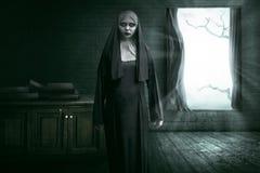 Nonne effrayante de diable image libre de droits